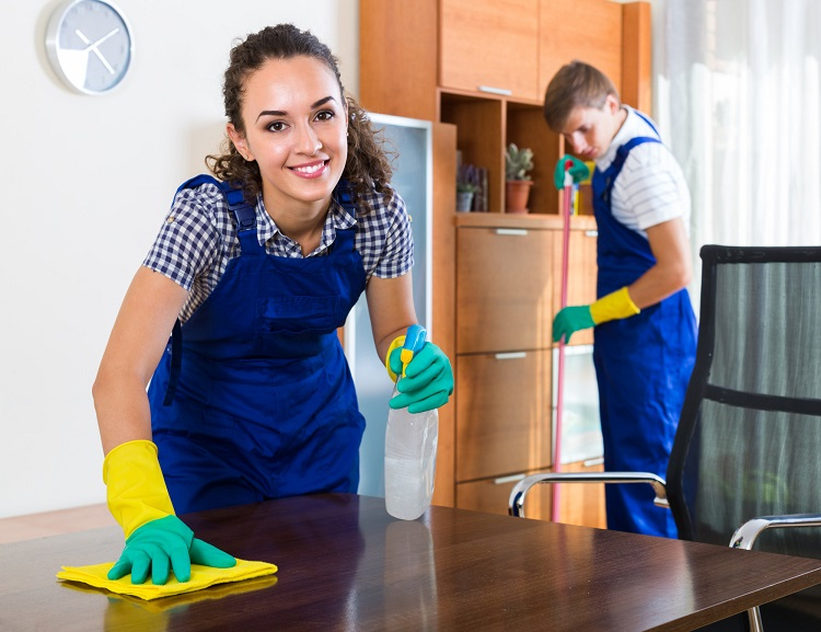 4 Benefits of Hiring Professional Cleaners For Your Business