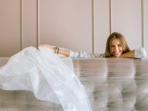 Cleaning Your Couch Covers – The How-To Guide for Clueless People