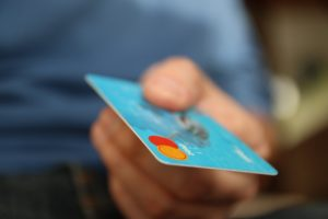 How to Choose the Best Credit Card For Your Needs